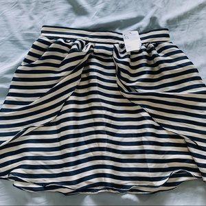 ☀️🆕 H&M Skirt